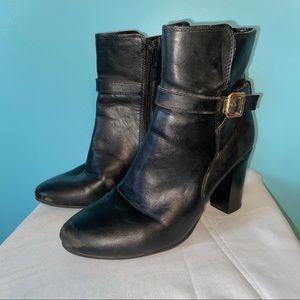 🛍3/$25 Merona heeled boots